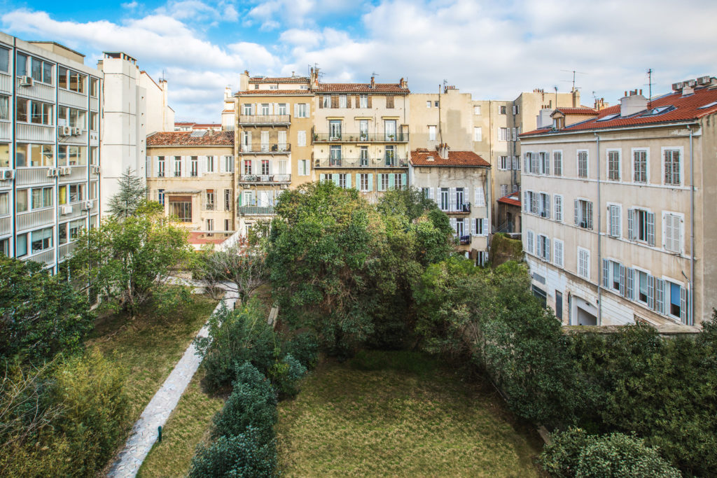 jardin de l'espace de coworking à Marseille